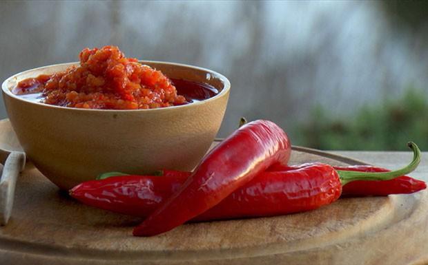 'A Cozinha Caseira de Annabel' - Ep. 12 - Molho de pimenta (Foto: Reproduo/GNT)