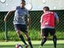 """Robinho volta a ressaltar foco no Galo e critica boatos de saída: """"Incomoda"""""""