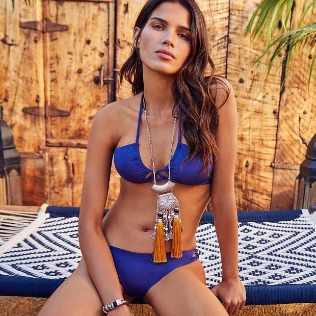Raica Oliveira, em campanha da Women'secret (Foto: reprodução/Instagram)