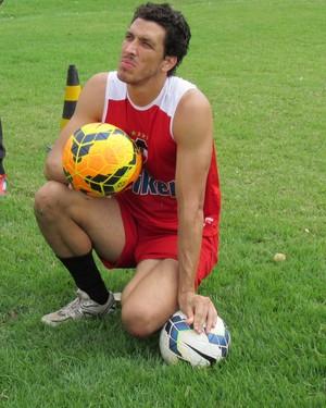 César Luz, goleiro do River-Pi (Foto: Abdias Bideh/GloboEsporte.com)