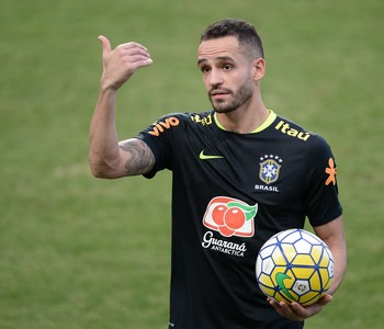 Renato Augusto treino seleção brasileira Belo Horizonte (Foto: Pedro Martins/MoWA Press)
