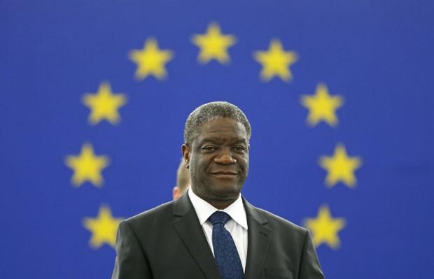 O médico congolês Denis Mukwege recebe nesta quarta-feira (25) o prêmio Sakharov 2014 concedido pelo Parlamento Europeu (Foto: Reuters)