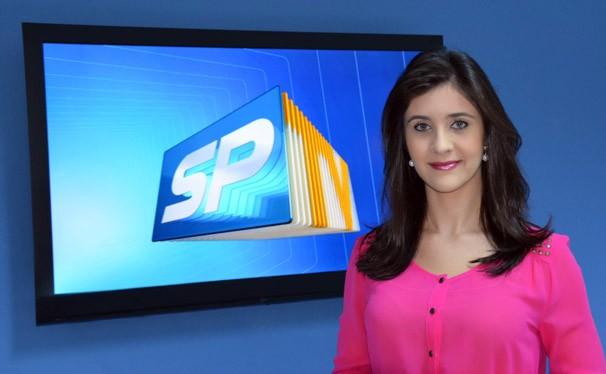Carla Moreno aguarda sua participação (Foto: Reprodução/TV Fronteira)