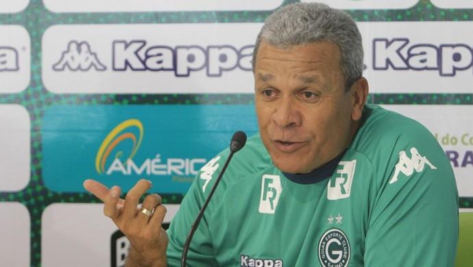 Hélio dos Anjos, técnico do Goiás (Foto: Sebastião Nogueira/O Popular)