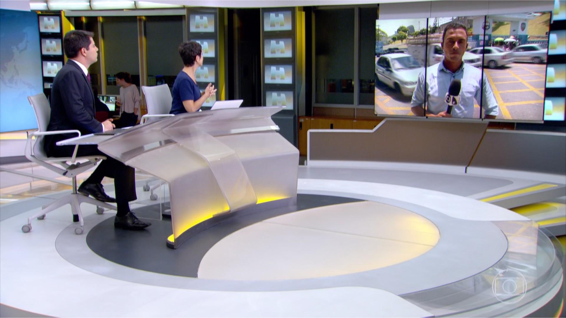 Jornal Hoje falando sobre a crise na segurança no ES (Foto: TV Gazeta Divulgação)