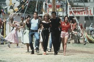 "Olivia Newton John e John Travolta no filme ""Grease"" (Foto: Getty Images)"