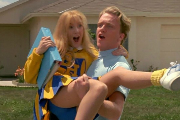 O ator Anthony Michael Hall em cena de 'Edward Mãos de Tesoura' (1990) (Foto: Reprodução)