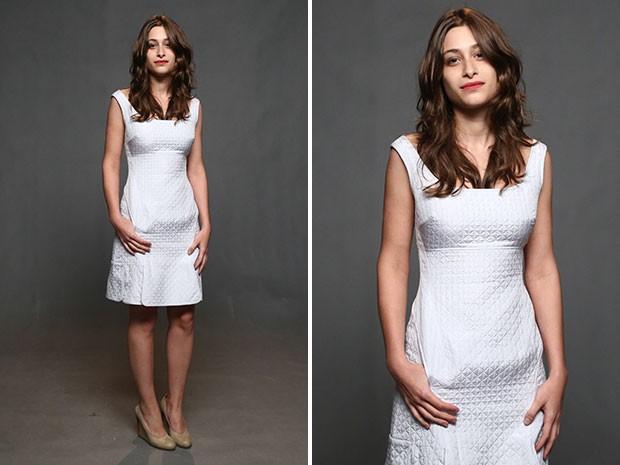 Luisa Arraes optou por um look branco clássico (Foto: Raphael Dias/Gshow)