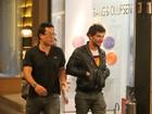 Depois de nota de separação, Daniel Oliveira é fotografado em shopping