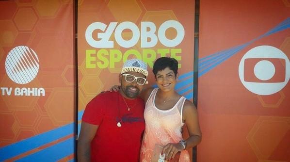 Patrícia Abreu com Pablo na varanda da Casa do Sol (Foto: divulgação)