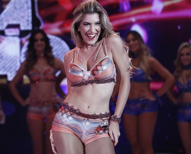 Lorena Improta mostra seu carisma e beleza ao público (Foto: Inácio Moraes / Gshow)