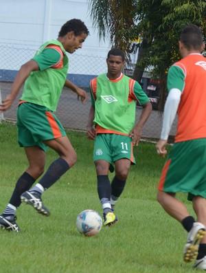 Diego Felipe e Bruno Rangel em treinamento pela Chapecoense (Foto: Daniel Cavagnoli / Chapecoense)