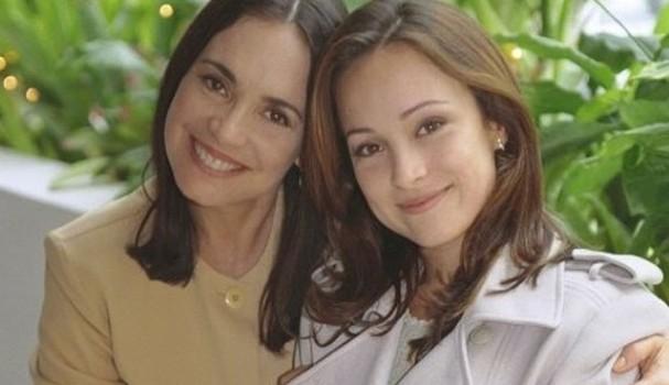 """Regina Duarte e Gabriela Duarte em """"Por Amor"""" (Foto: Reprodução/TV Globo)"""