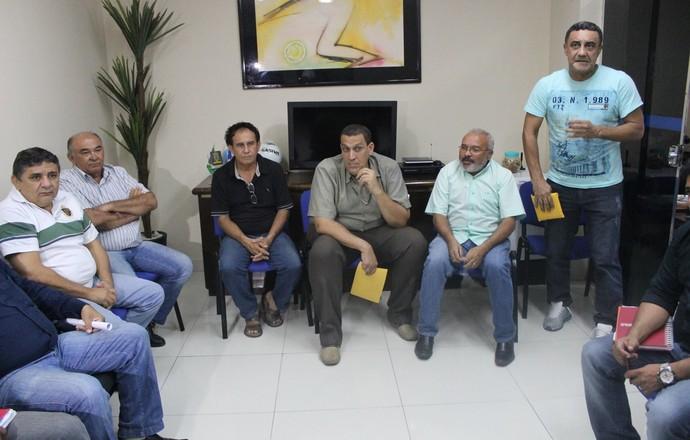 Reunião FFP para Campeonato Piauiense de Futebol 2015 (Foto: Ramiro Pena/GloboEsporte.com)