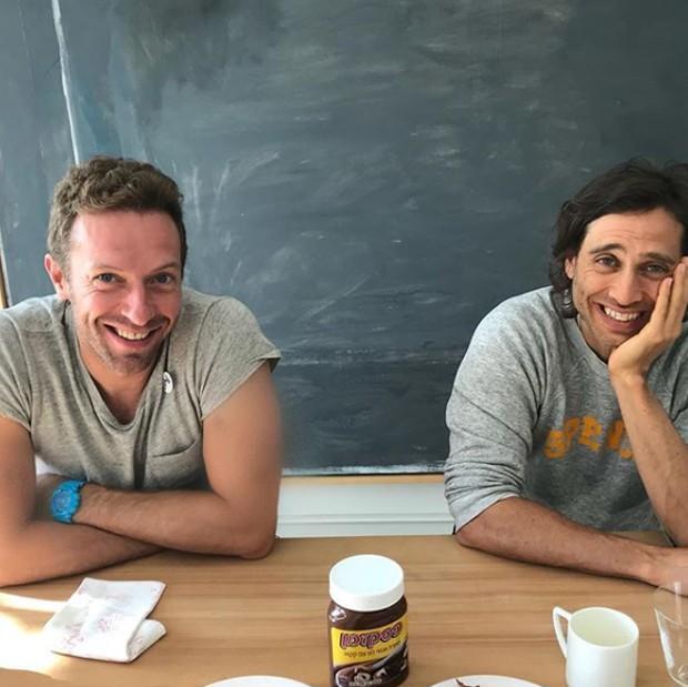 Chris Martin e Brad Falchuk (Foto: Reprodução/Instagram)