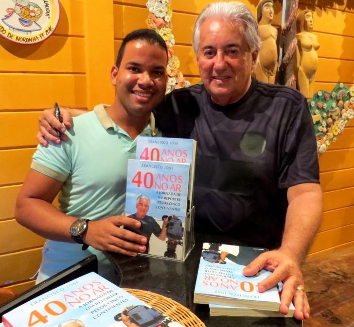 Fracisco José autografou livros