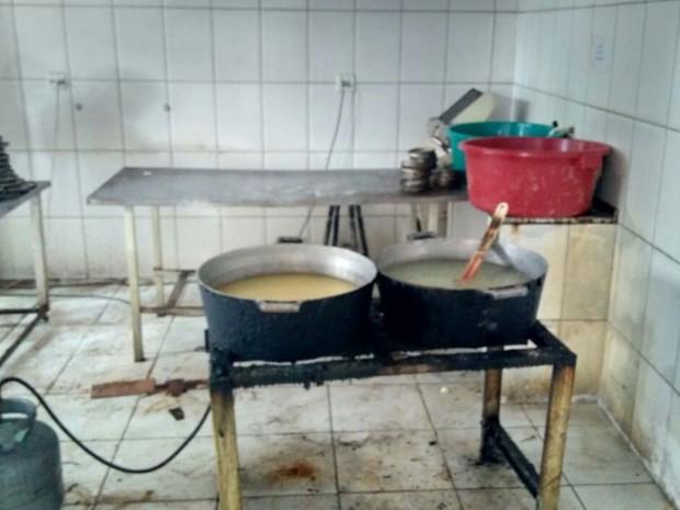 Fábrica de massas é interditada em Aparecida de Goiânia, Goiás (Foto: Divulgação/ Polícia Civil)