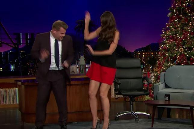 James Corden e Katie Holmes (Foto: Reprodução)