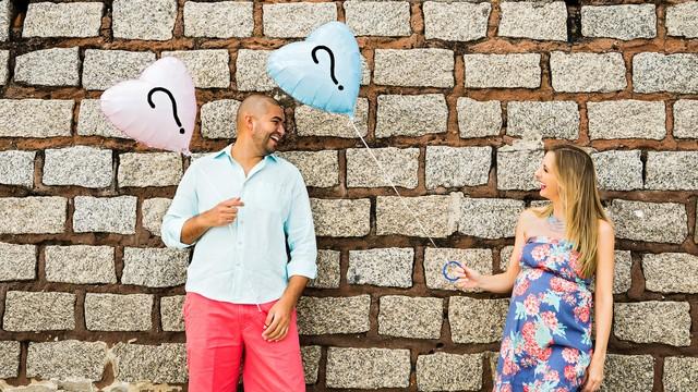 Adriana e o marido escolheram saber o sexo do bebê só no momento do nascimento  (Foto: Wil Koetzler/Divulgação)