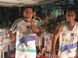 É o Tchan no Trio Pagode Total de Campo Grande, em Salvador (Foto: Wallace Barbosa e JC Pereira/AgNews)