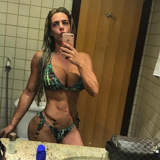 Denise Rocha (Foto: Reprodução / Instagram)