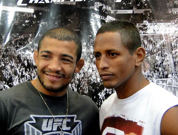 sessão de autógrafos do UFC, com José Aldo Johnny Eduardo (Foto: Gabriel Medeiros / Globoesporte.com)
