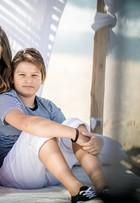 Isabelli Fontana posa com os filhos para campanha de grife infantil