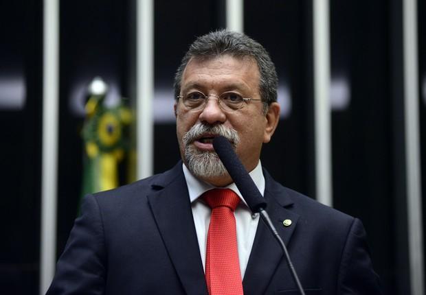O líder do PT na Câmara dos Deputados, Afonso Florence (PT-BA) (Foto: Zeca Ribeiro/Câmara dos Deputados)