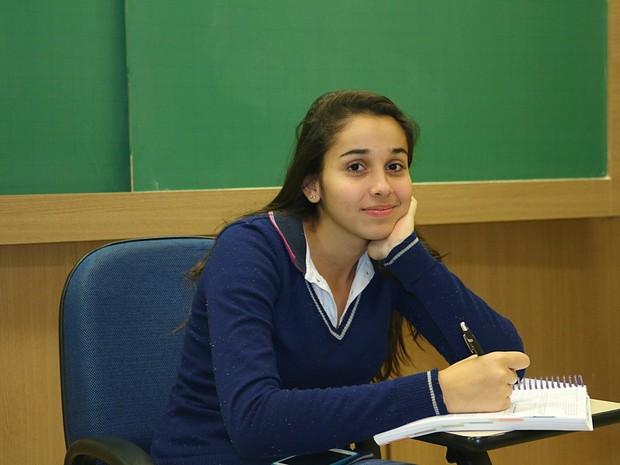 Jamile Jacob Fritz, de 19 anos, está confiante: Já tem uma vaga a menos na USP Ribeirão (Foto: Adriano Oliveira/G1)