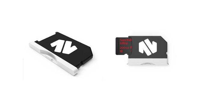 MiniDrive precisa de cartão microSD para gerar armazenamento (Foto: Divulgação/Nifty)
