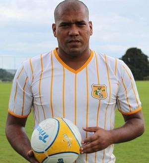 Luiz Carlos, sósia de Adriano, no Brasiliense (Foto: Fabrício Marques / Globoesporte.com)