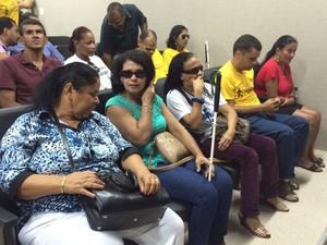 Deficientes visuais e físicos estão na solenidade de inauguração do aplicativo. (Foto: Michelle Farias/G1)