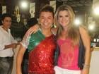 Mirella Santos usa short curtinho para ir à quadra da Grande Rio