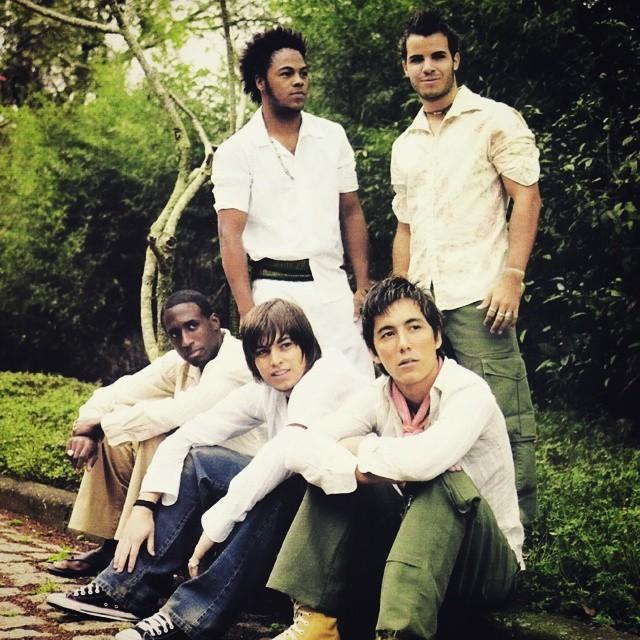 Os integrantes do Br'Oz, no ltimo CD da banda, lanado em 2004 (Foto: Divulgao)