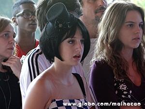 Giovana fica chocada ao ver Sofia ali (Foto: Malhação / TV Globo)