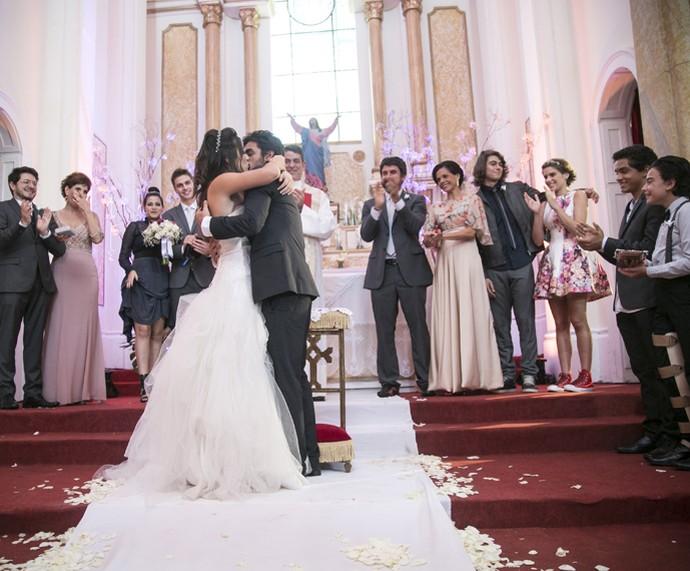 Já pode beijar a noiva, Cobreloa (Foto: Raphael Dias/Gshow)