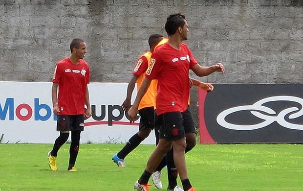 rafinha e hernane flamengo treino (Foto: Richard Souza / Globoesporte.com)