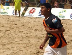 Datinha, jogando por Totóia, na final do Maranhense de beach soccer contra Humberto de Campos (Foto: Divulgação/Paulo de Tarso Jr.)