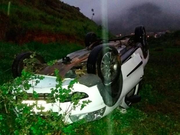 Acidente ocorreu na BR-101, entre Itamaraju e Itabela (Foto: Maurílio Garcia/Site Cocobongo)
