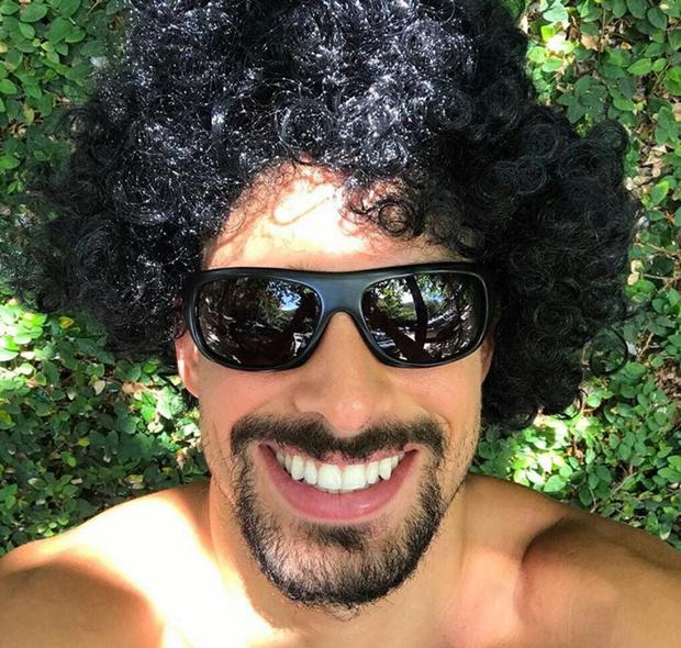 ed369811c EGO - Cauã Reymond posta foto de peruca: 'Prazer, Cauã Raimundo ...