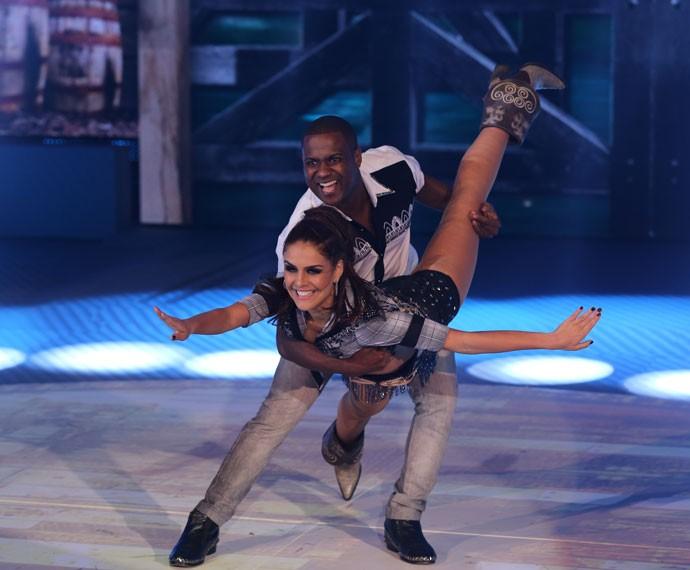 Paloma Bernardi e Patrick Carvalho brilharam no Dança  (Foto: Isabella Pinheiro/ Gshow)