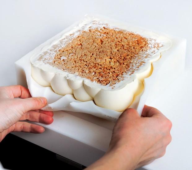 A fôrma em 3D do Bolo Bolha, criação da confeiteira ucraniana Dinara Kasko (Foto: Divulgação)