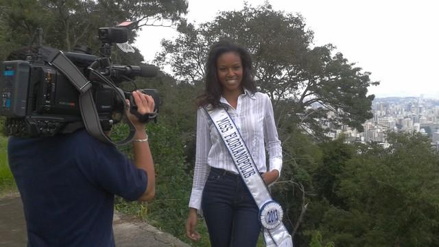 Elisa Freitas, Miss Florianópolis, dá dicas de beleza (Foto: Sônia Campos/RBS TV)