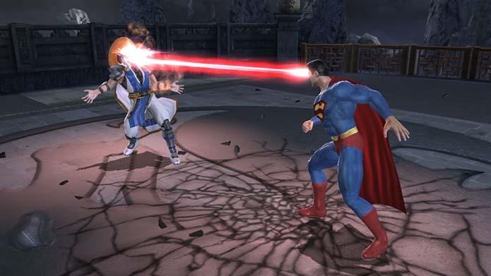 Batalhas contra personagens da DC eram o principal atrativo do game (Foto: Reprodução)
