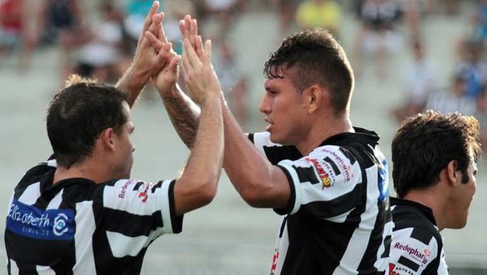 Rafael Oliveira, Botafogo-PB, amitoso, Alecrim-RN, capa (Foto: Francisco França / Jornal da Paraíba)