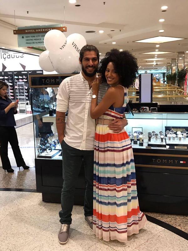 Sharon Menezes e o namorado Saulo Bernard (Foto: Ana Paula Bazolli )