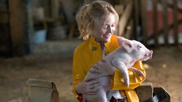a menina e o porquinho (Foto: reprodução/divulgação)