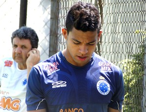 Wallyson no treino do Cruzeiro (Foto: Roberto Rodrigues / Globoesporte.com)