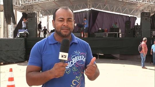 Shows e concursos marcam primeiro dia de Carnaval