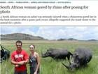 Jovem leva chifrada de rinoceronte após posar para foto na África do Sul